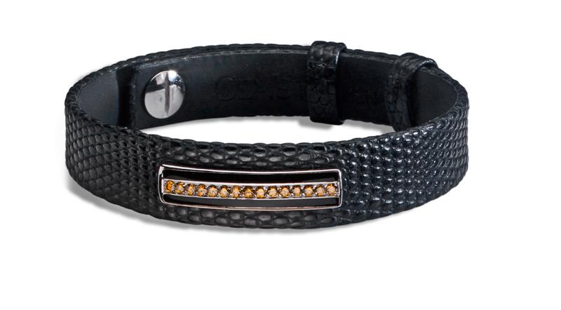 bracelet homme en lézard mat noir, barrette en or gris brillant, émail noir, diamants cognac