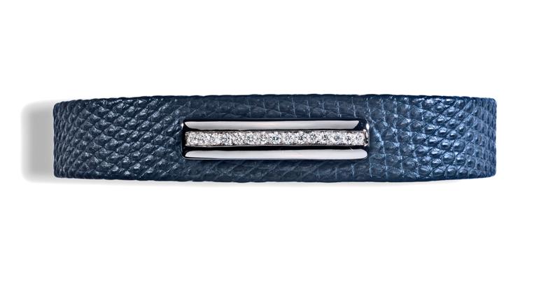 bracelet homme en lézard mat bleu, barrette en or noir sans émail, diamants blancs