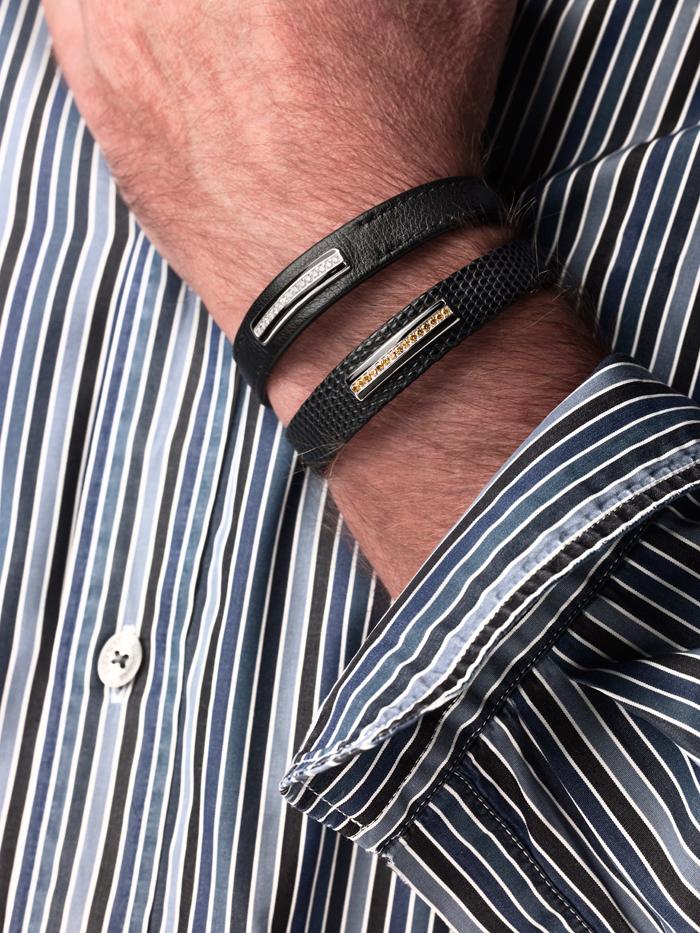 modèles portés 1) Precious, bracelet homme en cuir et diamant 2) Cognac, bracelet homme en lézard et diamants cognacs